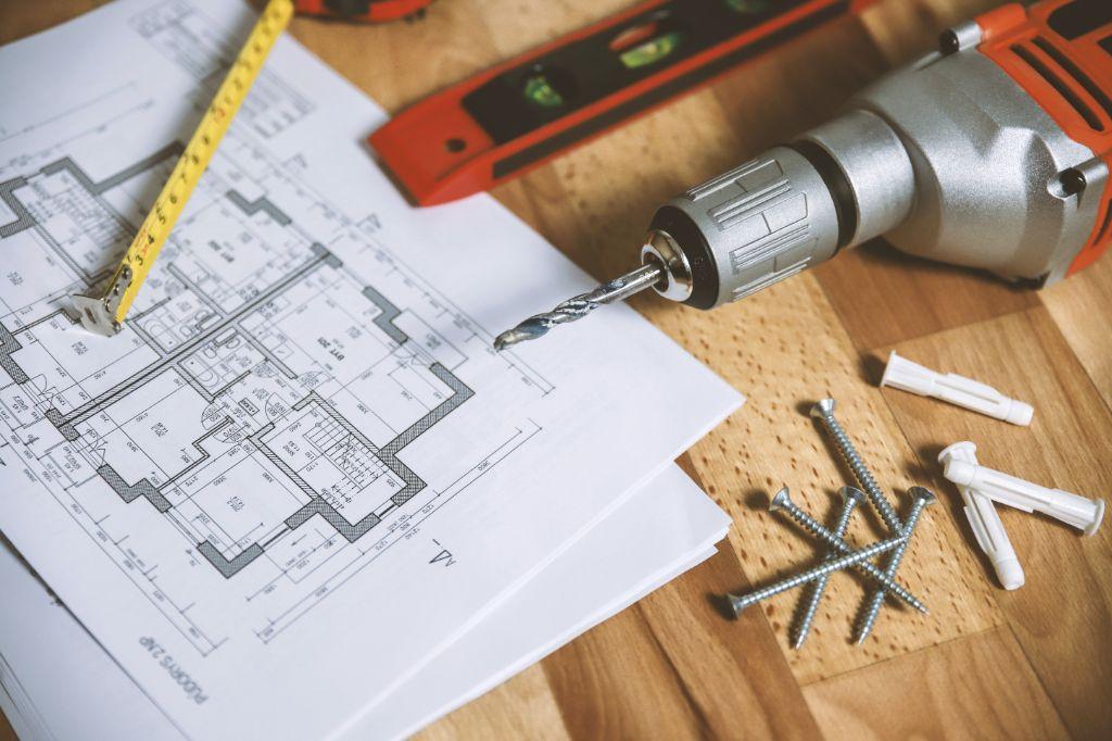 floor plan on table 834892 1